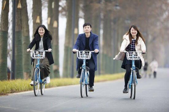 武汉公共自行车进驻东湖绿道