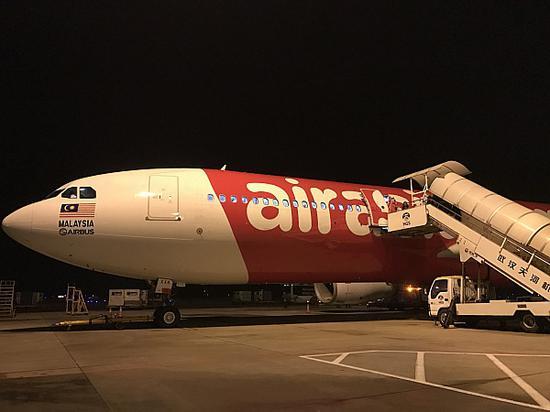 亚航3月开通武汉直飞吉隆坡的航班,单程含税价格最低只需328元,航线