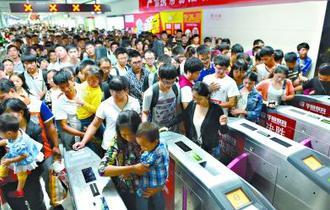 武汉地铁提前迎端午客流高峰 汉口北站日集散量翻番