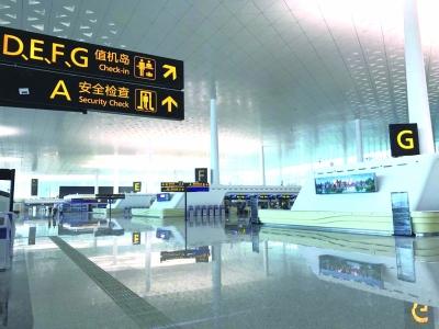 天河机场T3航站楼出发层大厅宽敞明亮