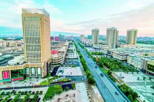 武汉汉正街300余汉派女装商户同天搬迁汉口北