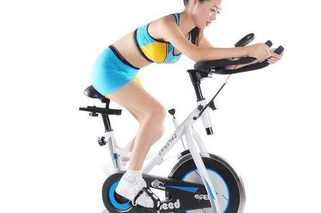 女生高考后疯狂健身减肥 练1小时单车竟致肌肉溶解