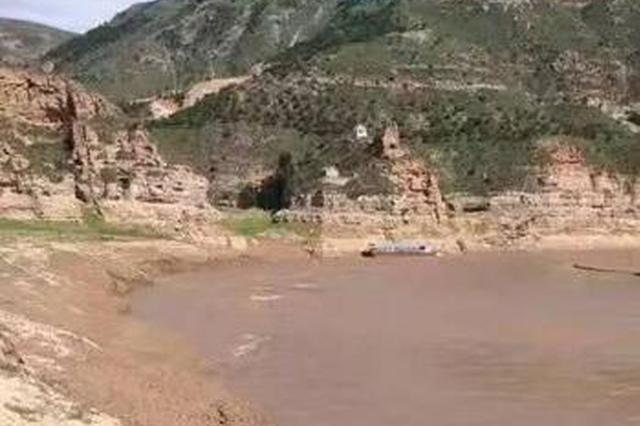 内蒙古突发翻船事故 两名武汉游客遇难