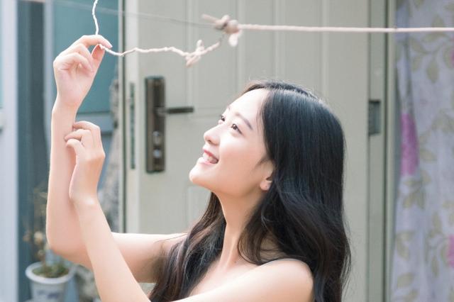 华科校花晒清纯写真 撞脸女星崔雪莉走红网络