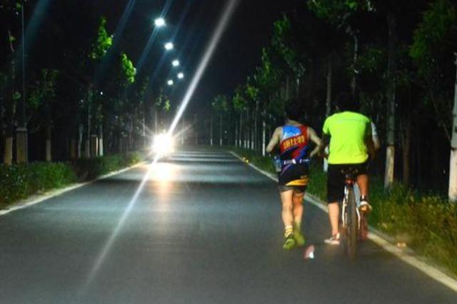 IT男为融入同事圈加入夜跑队伍 结果导致急性肾衰竭