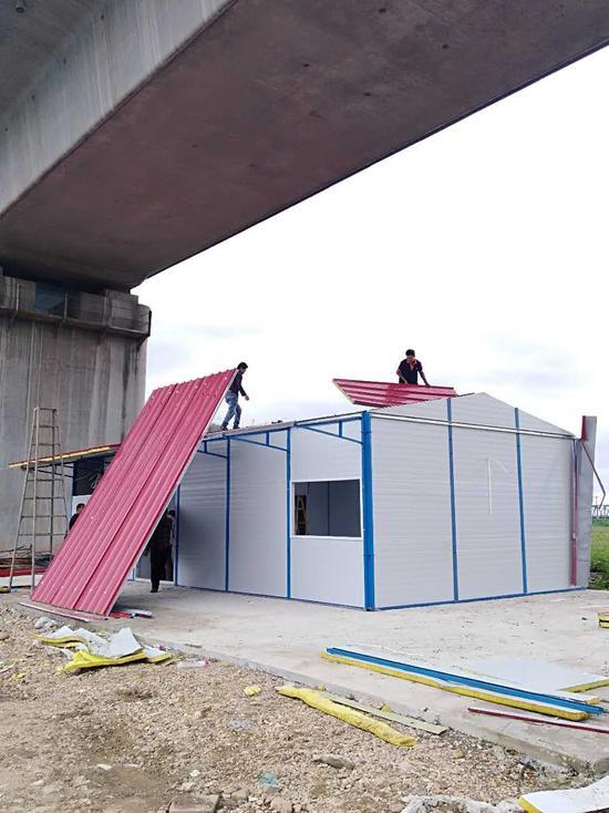 府河桥下违建拆除