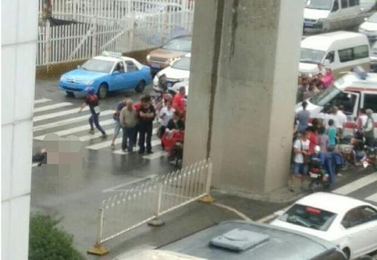 事故现场  图来自微博网友