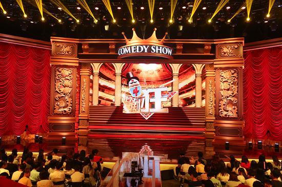 黄金搭档《喜剧狂》唱对台戏 有一种爱叫潘长江蔡明