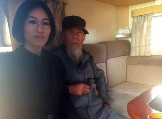 潘铁姬与李景海的合影。环球网 图