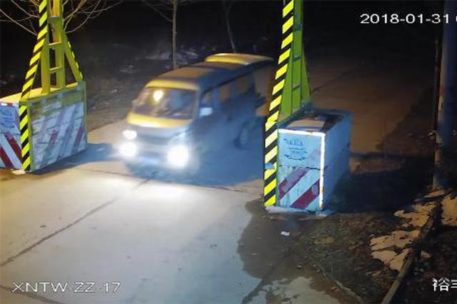 湖北一男子夜盗建材欲盖房 动工前被警方抓获