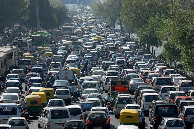 武汉拥堵排名再降至全国第53 交警提示近期拥堵回升