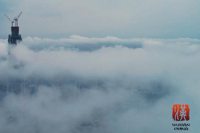韩磊演绎的歌曲《在此》MV正式出炉