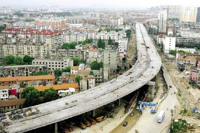 武汉白沙洲大道7、8月施工维修 司机尽量绕行