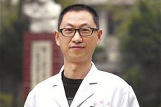 荆州好医生突发心梗去世 走前刚给2位病人做完手术