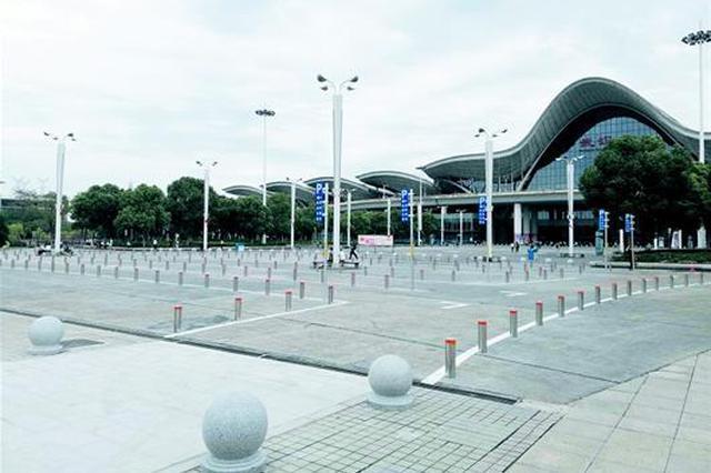 武汉站启用高峰日落客区 可停车5分钟下客