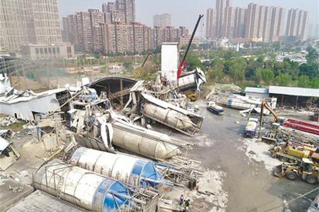 武漢歡樂大道一大型攪拌站開拆 還居民良好生活環境