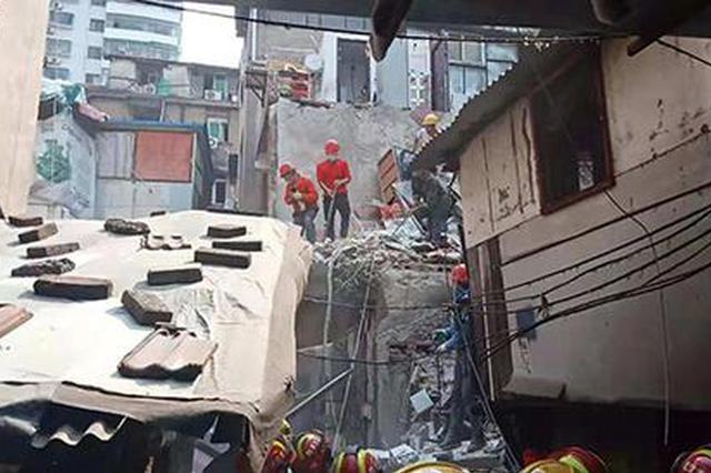 漢口一民房因煤氣罐爆燃坍塌 其中3人不幸身亡