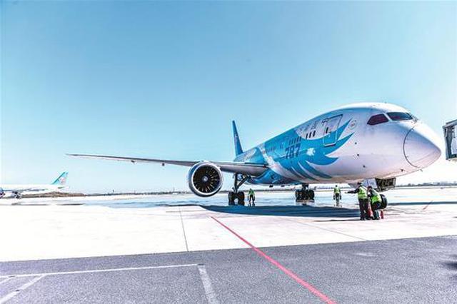 兩架波音787客機駐場武漢 湖北民航跨入寬體客機時代