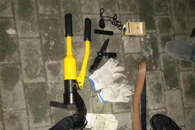 男子专剪一楼防盗网入室偷窃 伺机作案被逮正着