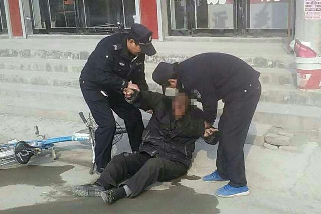 广水爹爹患病独自来汉欲轻生 武汉民警规劝安全返程