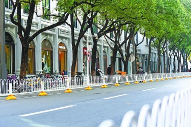 武昌惠明路4个月魔法大变身:街上的路灯杆竟是方的