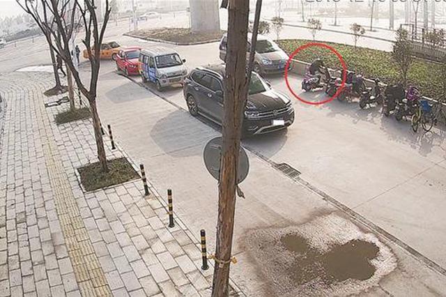 """武汉一""""保安""""盗窃电动车 警方抓获带破系列盗车案"""