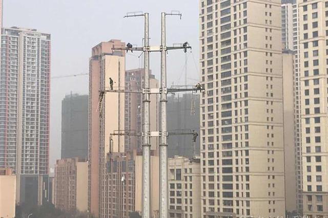"""武汉滨江景观路月底试运行 高压电塔入地""""让道"""""""