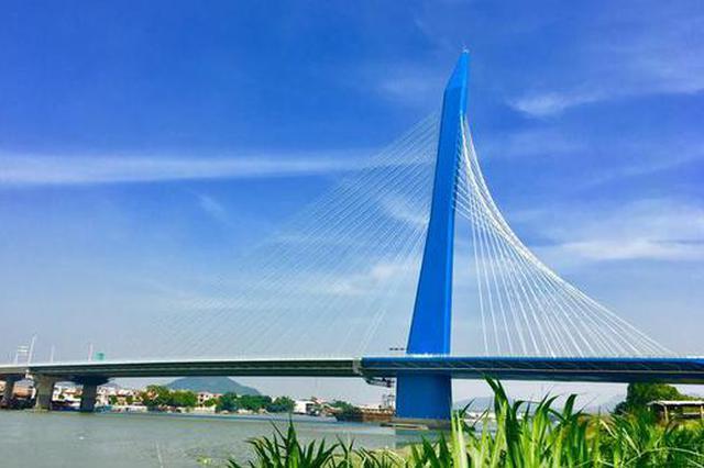 """""""武汉造""""世界最宽单塔斜拉桥建成通车(图)"""
