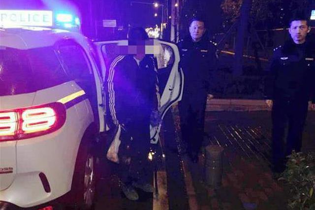 18岁少年春节孤岛探险被困 武汉警方雪夜救助