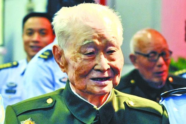 开国少将方槐在汉逝世 曾组织战机编队参加开国大典