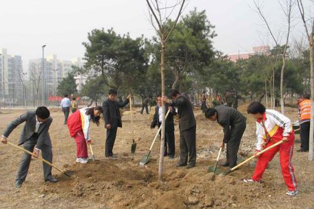 武汉本周末迎义务植树高峰 将有万人挥锹植绿
