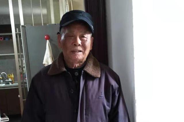 捡万元财物还失主的90岁老人找到了:不是自己的绝不占