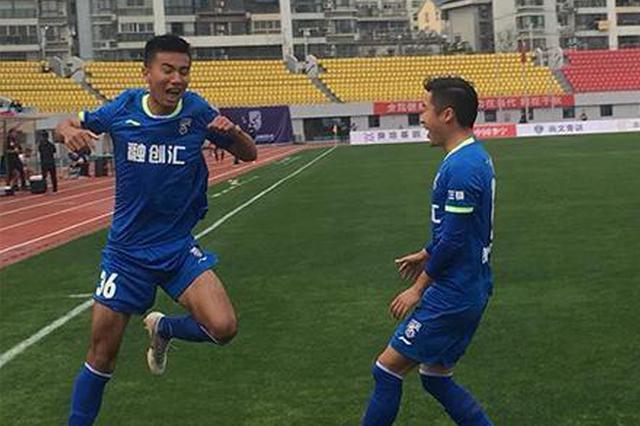 中乙联赛首轮上演江城德比 武汉三镇2:1赢得开门红