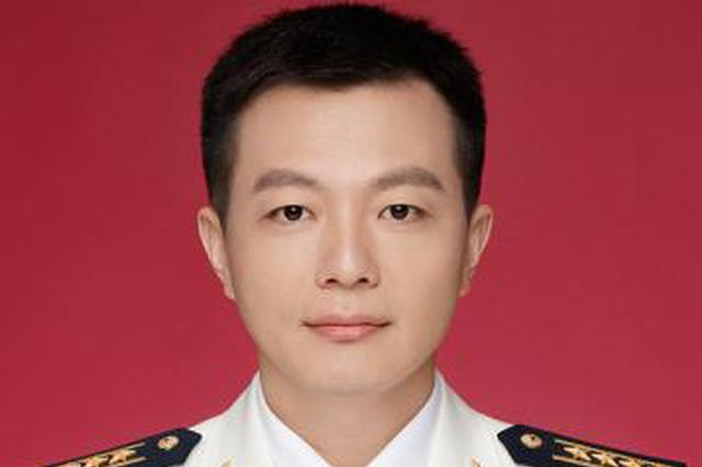 海军新任新闻发言人亮相 系湖北人颜值爆表!(图)