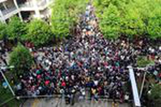 22省昨日举行公务员笔试 湖北12.4万人参加省考笔试