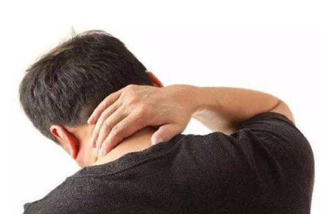 小伙颈部疼痛到按摩店按摩 结果被按出急性脑梗塞