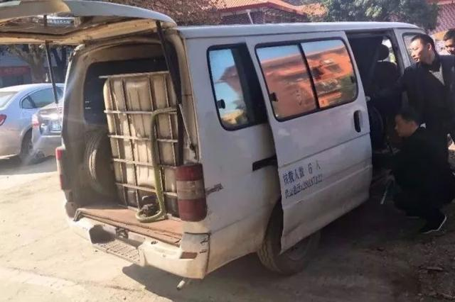武汉警方捣毁3处非法储油窝点 3名嫌疑人被行拘