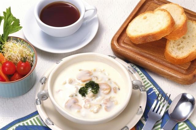 """一项研究表明""""不吃早餐与较高心血管死亡率有关"""""""