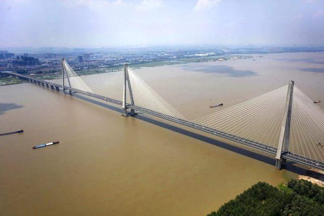 5月20日起武汉临时取消二七长江大桥公交专用道管制