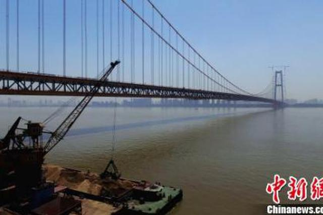 世界最大跨度双层公路悬索桥9月底通车