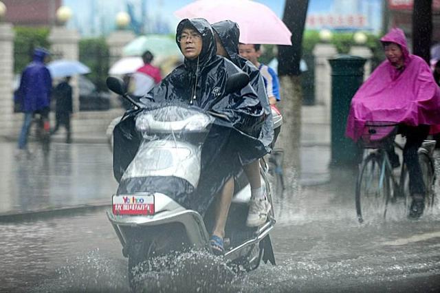 南方迎强降雨多预警齐发 湖北等多地将有大到暴雨