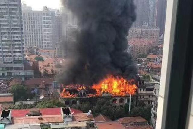 武汉百年建筑江汉饭店起火 施工负责人已被控制