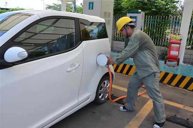湖北电动汽车充电量居全国第7 充电桩数量全国第10