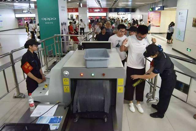 9月15日至10月30日 武汉地铁提升安检等级
