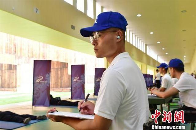 武汉军运会军事五项测试赛鸣枪开赛