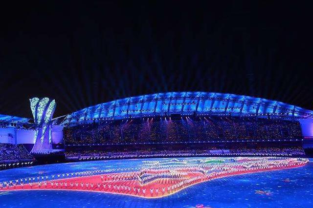 中国军队史上规模最大体育代表团亮相武汉军运会