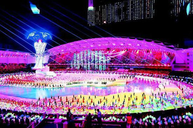 """这些都是""""湖北造"""" 45天打造世界最大立体舞台"""