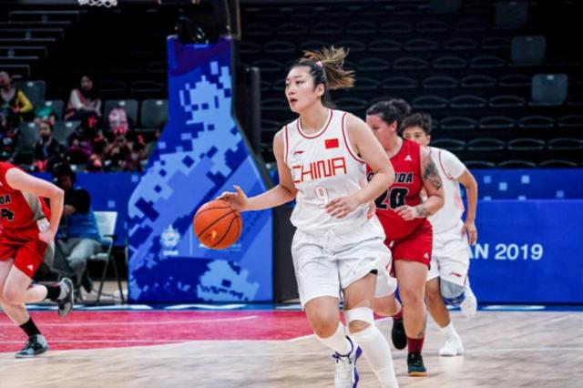 军运会中国女篮首秀大胜加拿大队 目标瞄准夺金