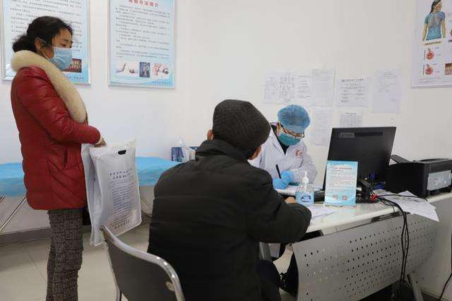 中央指导组:毫不放松疫情防控 有序恢复正常医疗秩序