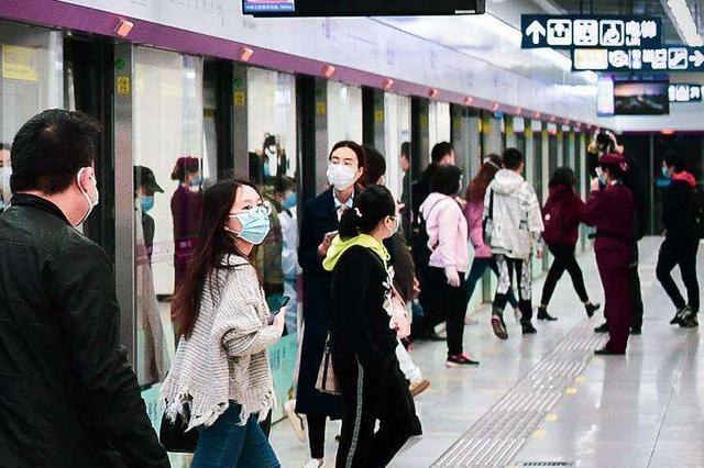 武汉地铁客运量重回百万级 今日起缩短候车时间